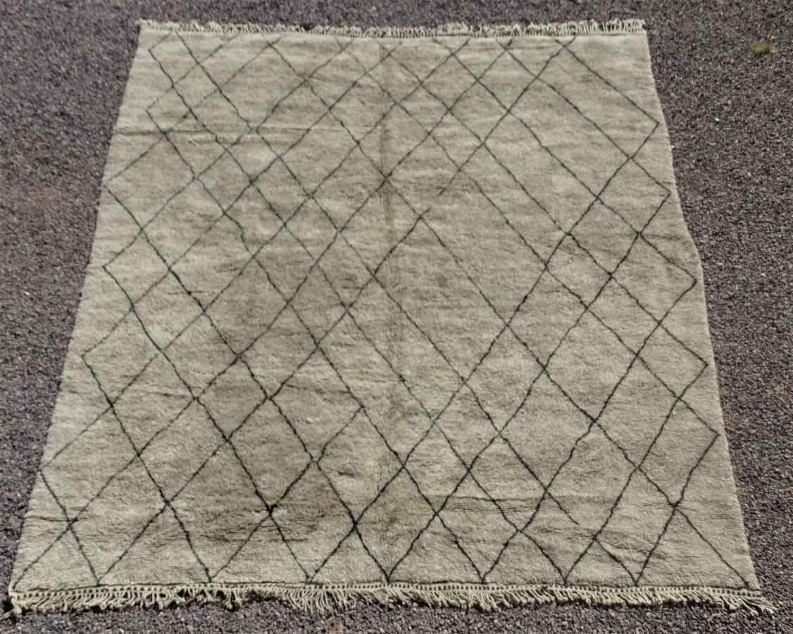 Archive-Sold Beni Ouarain moroccan rugs BO36298 grey taupe wool