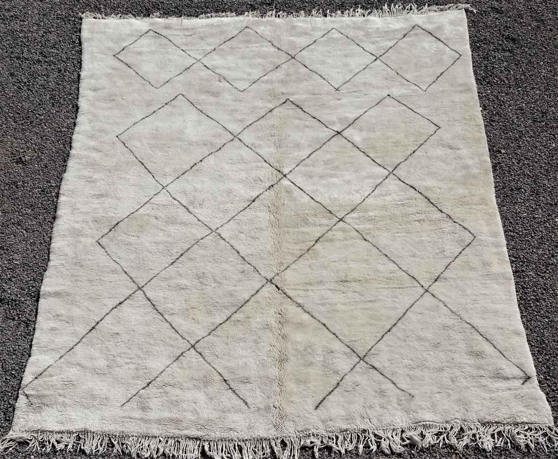 Referenssit Beni Ouarain moroccan rugs BO36308 RESERVE