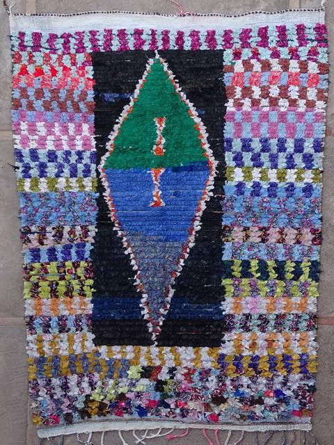 Boucherouite Large moroccan rugs L39163  130 euros  145 usd