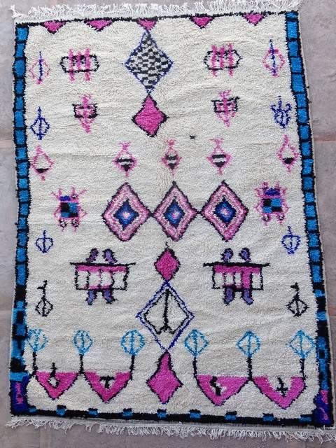 moroccan rugs AZ39052 196 euros 225 usd