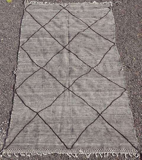 Villamatot – Beni Ouarain Beni Ourain (Large sized) moroccan rugs ZA41200