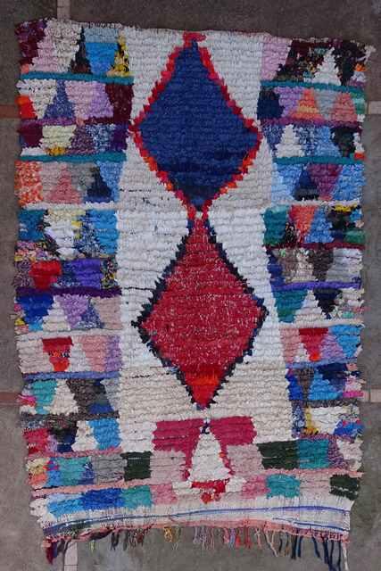 BOUCHEROUITE Boucherouite Medium moroccan rugs T43123