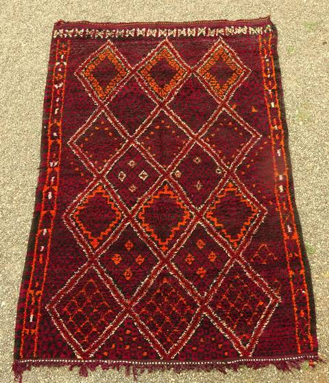 Villamatot – Beni Ouarain  Beni Ourain and Middle Atlas (antique) moroccan rugs TA44033