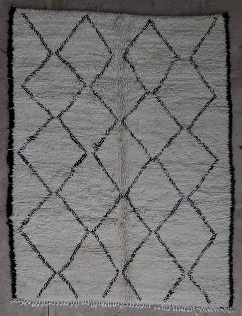 Villamatot – Beni Ouarain  Beni Ourain and Middle Atlas (antique) moroccan rugs BOA45093