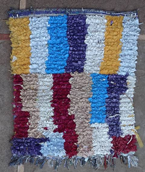 Boucherouite Small moroccan rugs TT46110