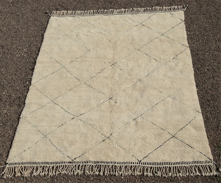 BENI OURAIN-WOOL RUGS Beni Ourain Large sizes moroccan rugs BO51096