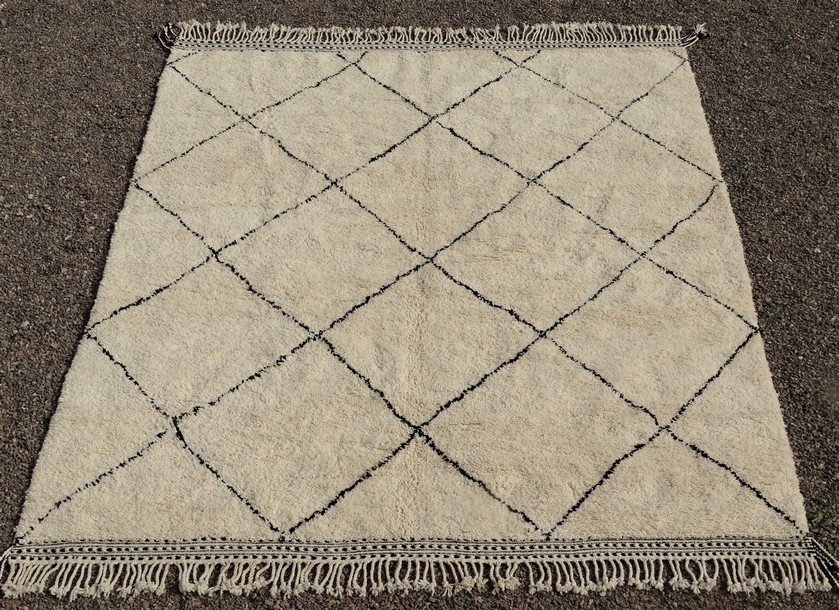 BENI OURAIN-WOOL RUGS Beni Ourain Large sizes moroccan rugs BO51097