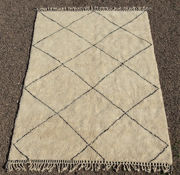 BENI OURAIN-WOOL RUGS Beni Ourain Large sizes moroccan rugs BO51099