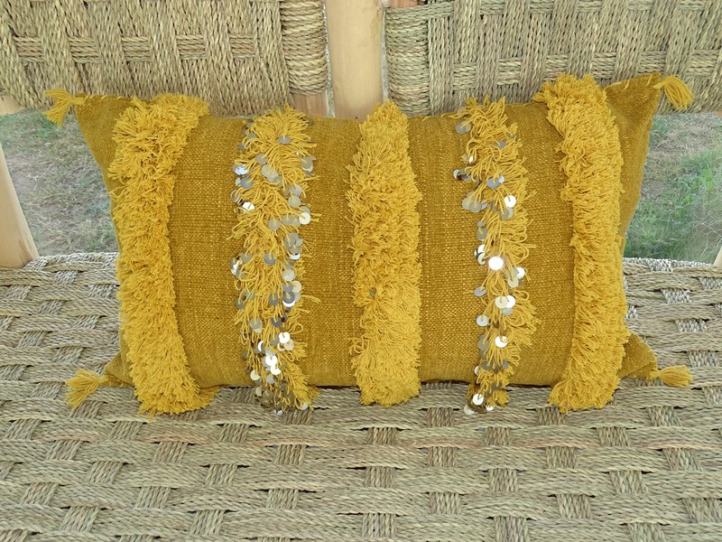 moroccan rugs Wedding cushion  Coussin de mariage  REF J2 sequins