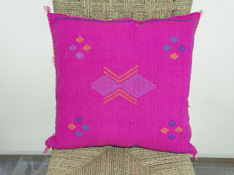 Cushions-Blankets Plaids-Bedspreads-Poufs Cushions kilim with embroidery moroccan rugs Cushion  embroidered kilim  Coussin kilim brodé  REF R02