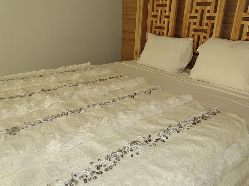 AZILAL-ZANAFI Wedding blankets moroccan rugs Wedding blanket WHITE  WB1