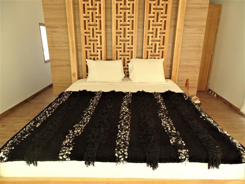 AZILAL-ZANAFI Wedding blankets ref : Couverture de mariage BLACK WBK1