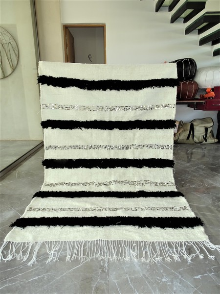 AZILAL-ZANAFI Hochzeit Decken  Teppich Wedding blanket WHITE and BLACK  WBB1