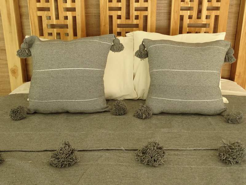 Cushions-Blankets Plaids-Bedspreads-Poufs Cotton cushions and pompons moroccan rugs Pair of cushions with pompons  REF PH1