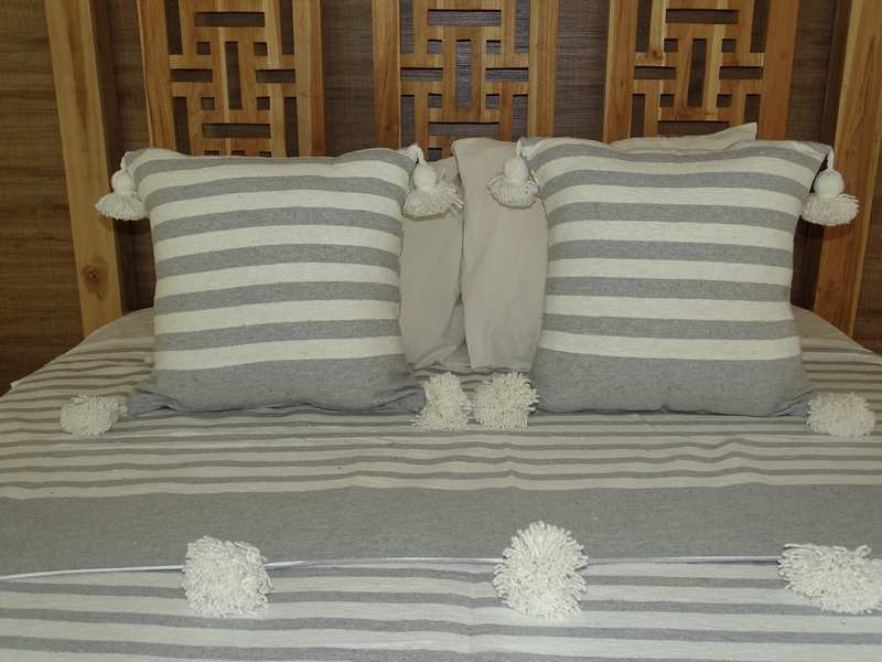 Cushions-Blankets Plaids-Bedspreads-Poufs Cotton cushions and pompons moroccan rugs Pair of cushions with pompons  REF PM1