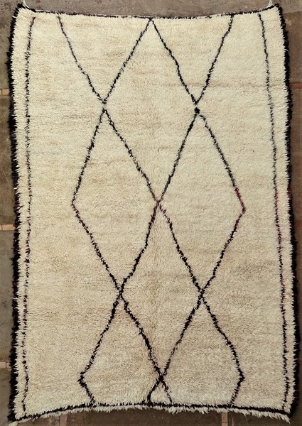 BENI OURAIN-WOOL RUGS Antique and vintage beni ourain and moroccan rugs ref : BOA52008