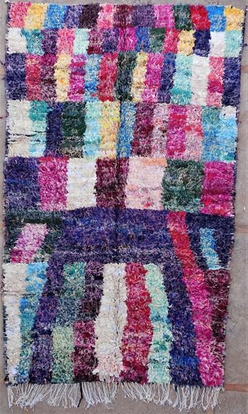 Berber living room rug #LNC53076 type Boucherouite Large