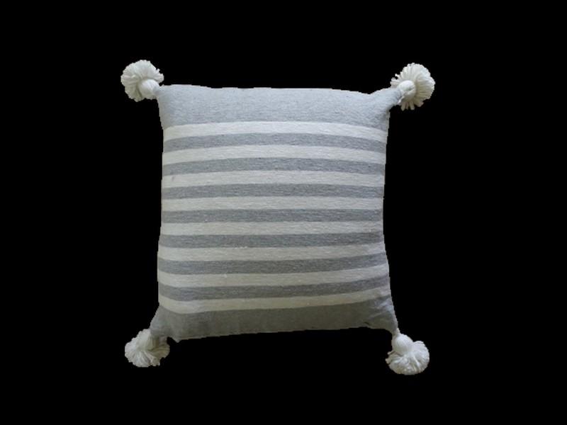 Kissen-Decken-Bettdecken-Poufs Baumwoll-kissen mit pompons Teppich Cushion  with pompons  REF VC 1
