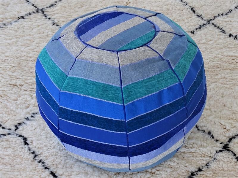 Kissen-Decken-Bettdecken-Poufs Poufs aus kelim oder sabra Teppich PSAB1 pouf sabra