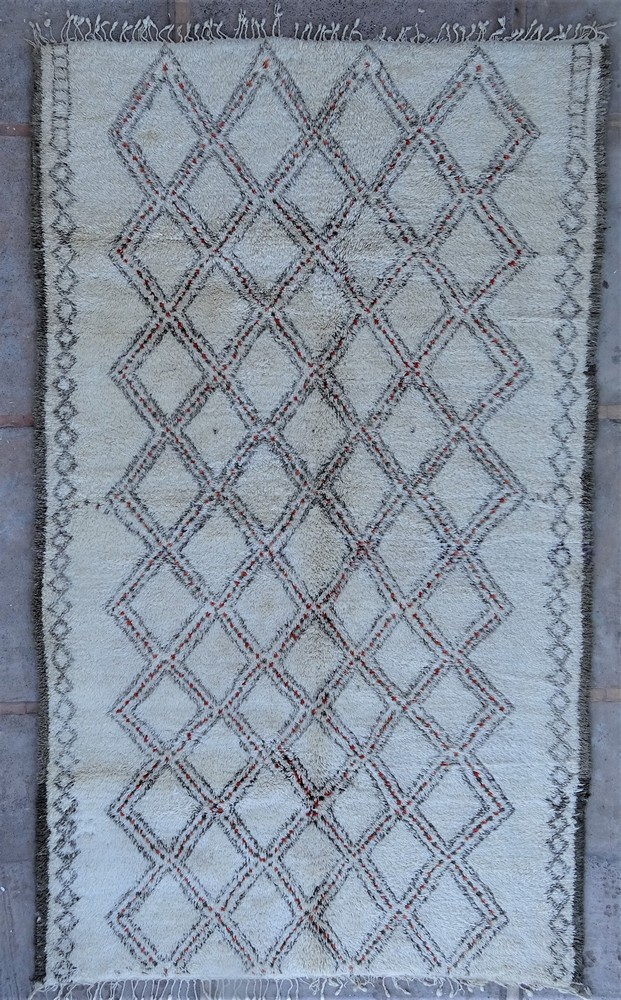 Tapis de salon berbère #BOA54004 de type tapis Beni Ouarain et Moyen Atlas Anciens