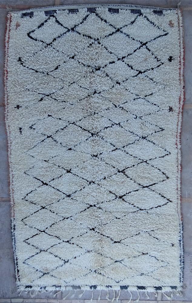 Tapis de salon berbère #BOA54011 de type tapis Beni Ouarain et Moyen Atlas Anciens