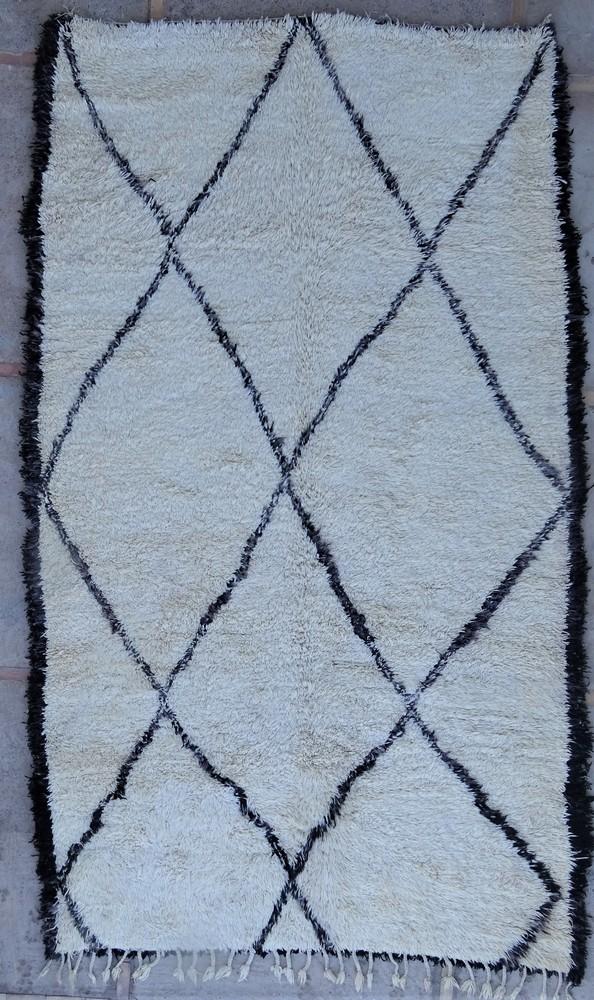 Tapis de salon berbère #BOA54013 de type tapis Beni Ouarain et Moyen Atlas Anciens
