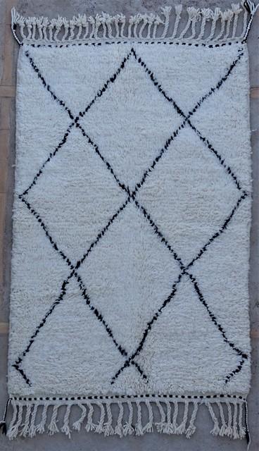 Berber rug #BO54065 from the Beni Ourain catalog